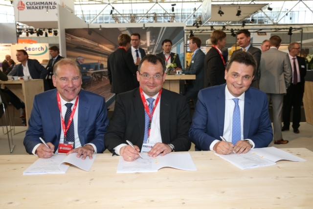 ondertekening 3 juni 2015 Rijswijk AM VolkerWessels